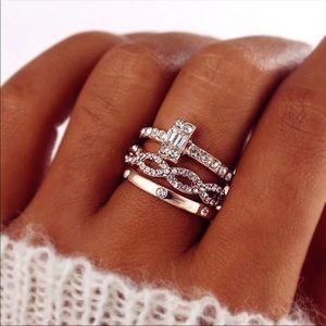 🌸New🌸Dainty Rose Gold Crystal set